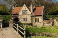 Old-English-House